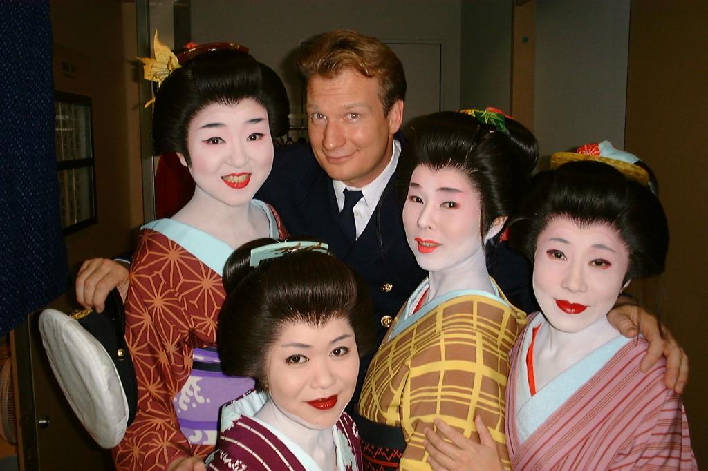 Tojin Okichi